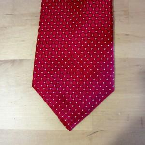 Clean tie
